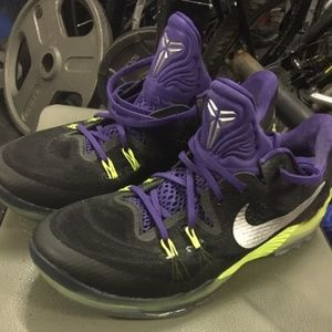 "Kobe Venomenon 5 ""JOKER"" (Men's Size 10)"